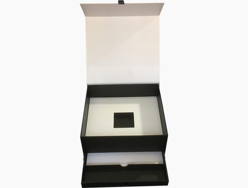 rigid paper box with drawer and magnet