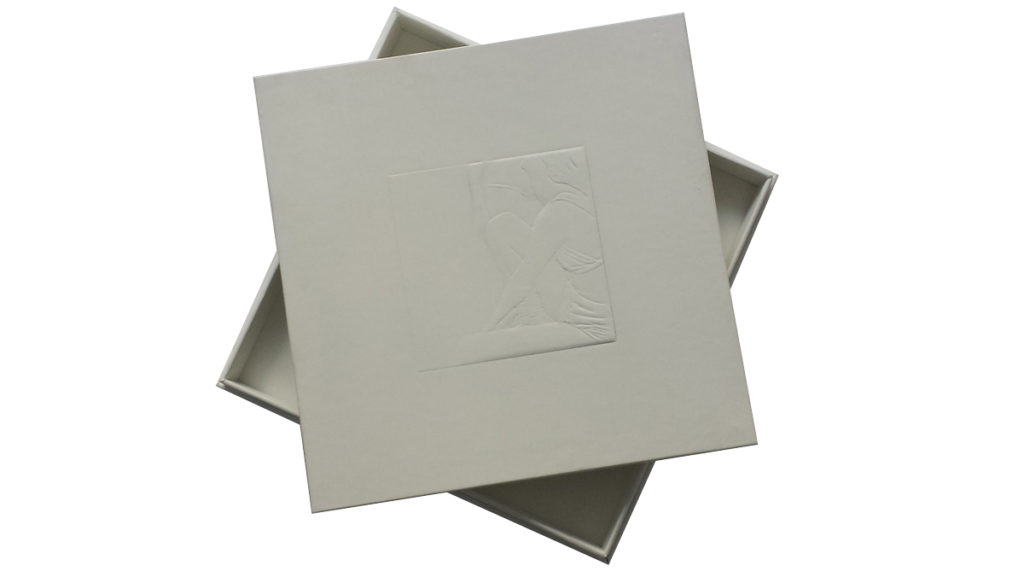 3D embossing effect on the white rigid paper box