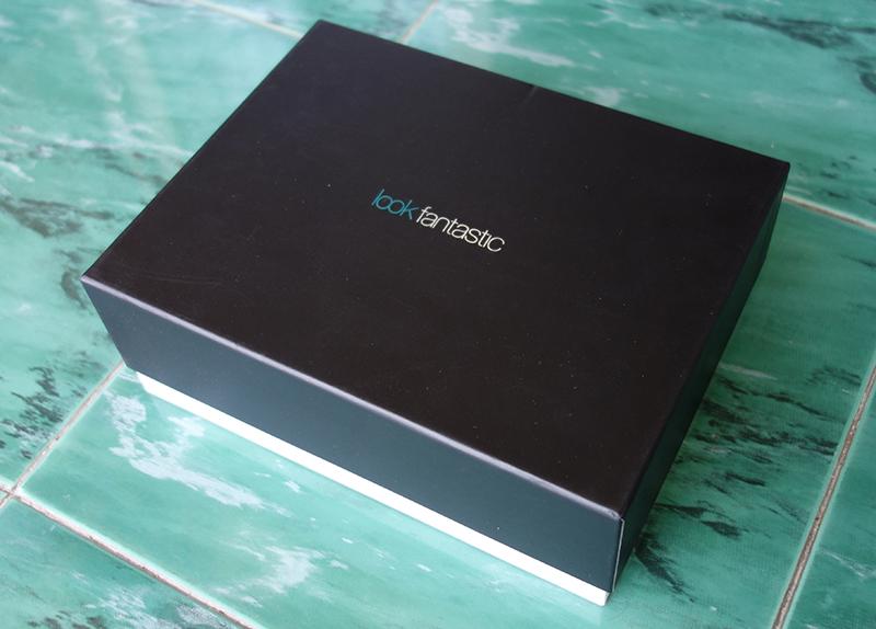 a matte black lift off lid rigid box