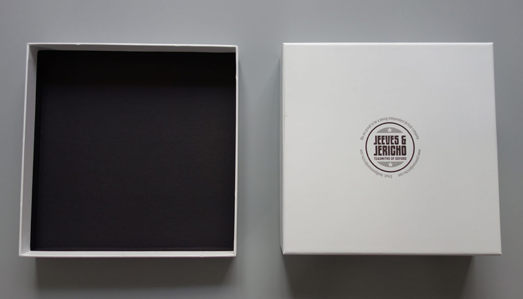 lift off lid rigid box with dividers